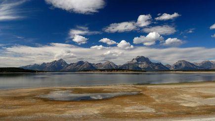 4-Day Yellowstone, Grand Teton and Salt Lake City Tour**Roundtrip from Salt Lake city**