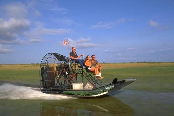 Miami City & Everglades Airboat Adventure Tour
