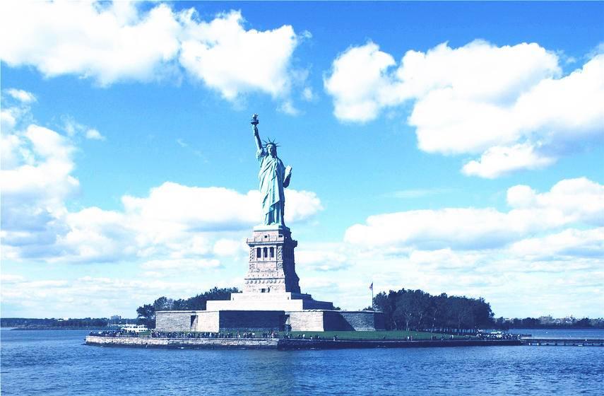 5-Day East Coast Economical Tour from New York: Philadelphia, Washington D.C, Niagara Falls