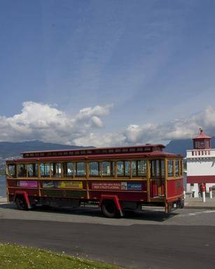 1-Day Hop-on, Hop-off Tour of Vancouver City