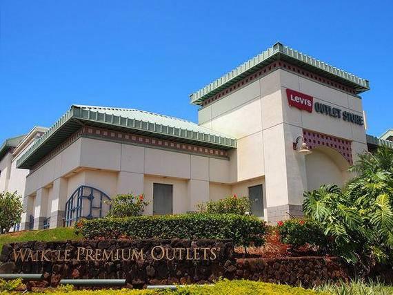 Hawaii Black Friday Sale - Waikele Premium Outlets