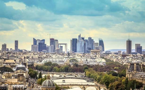 3-hour Secret Paris Small Group Tour