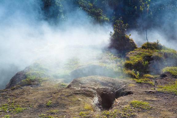 Half-Day Volcano Tour and Lava Walk