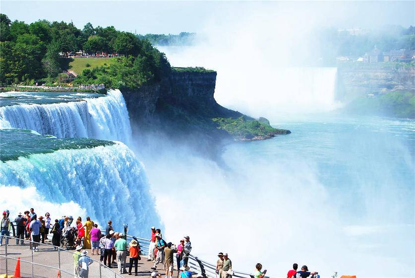 4-Day Niagara Falls, Thousand Islands and Boston Tour