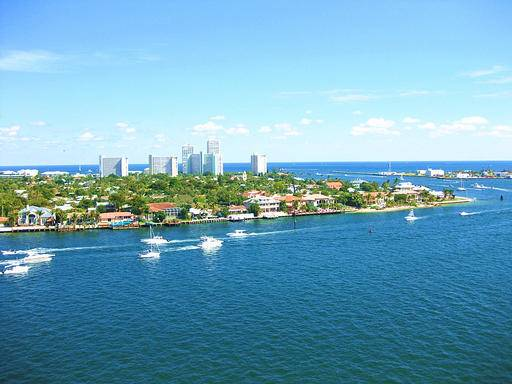 12-Day Miami, Key West and Orlando Theme Park Tour (Start in Miami, End in Orlando)