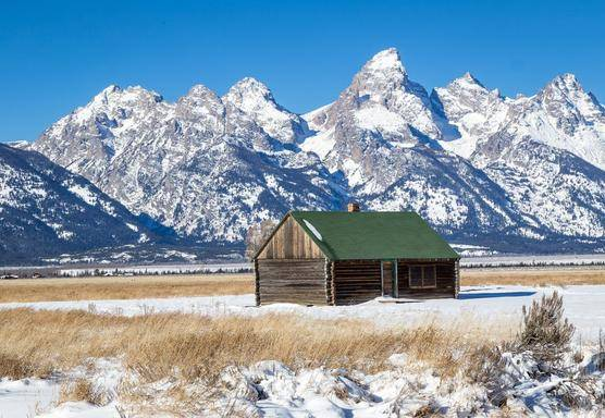 11-Day West Coast Winter Tour From San Francisco: Yellowstone, Grand Canyon, Jackson, & Antelope Canyon