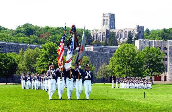 8-Day Stylish East Coast Tour From NYC: Philadelphia, Washington, D.C., Niagara Falls & Boston
