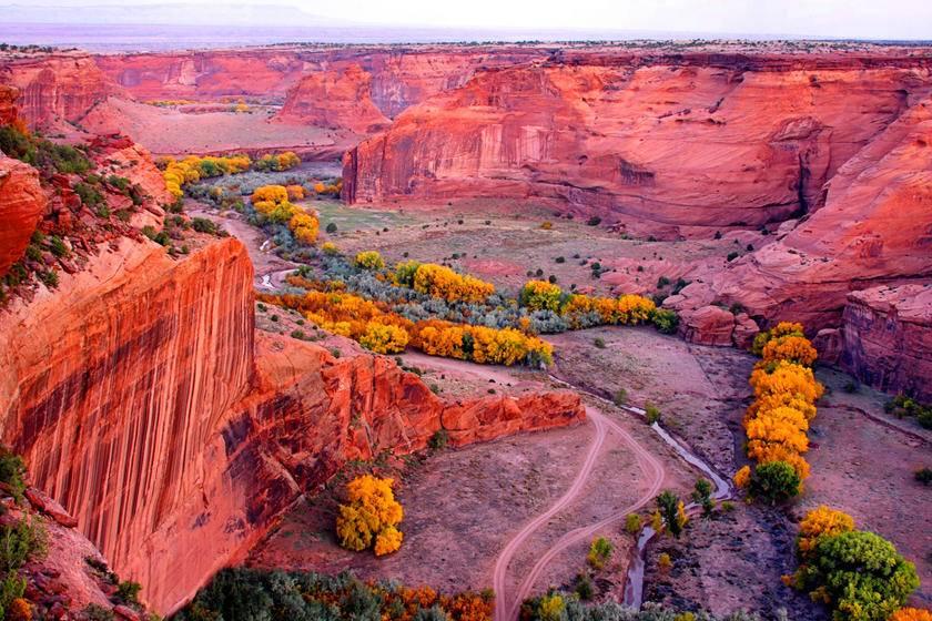 7-Day Land of Enchantment Tour: Sky City, Saguaro National Park, White Sands National Monument, Sedona and Las Vegas