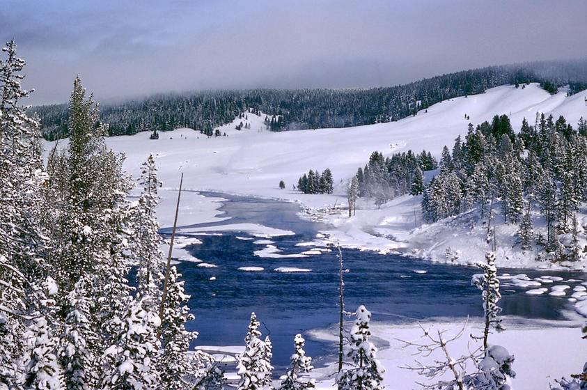 10-Day West Coast Winter Tour: Yellowstone, Grand Teton, Jackson, Antelope Canyon and California Theme Parks