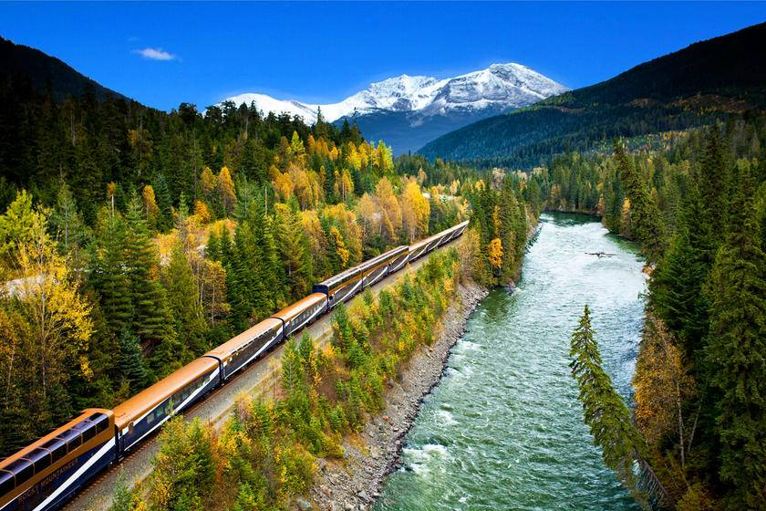 7-Day Canadian Vancouver, Rocky Mountaineer (SilverLeaf Service Level) Coach and Rail Summer Tour Package