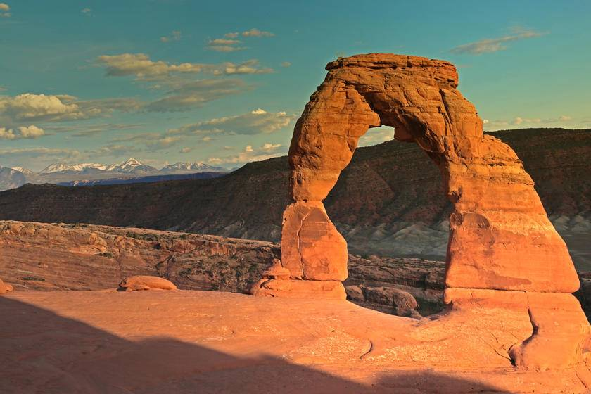 7-Day Grand Circle National Parks Bus Tour From LA or Vegas