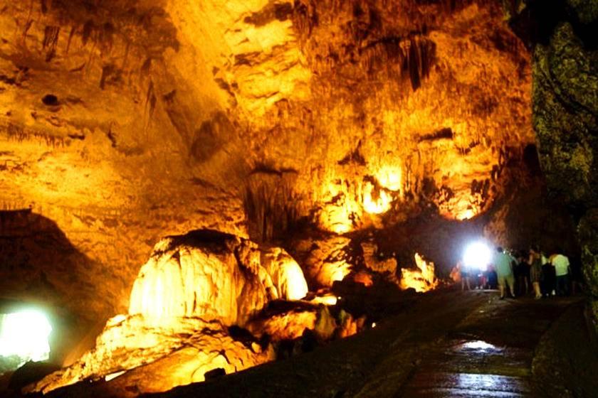 2-Day Puerto Rico Tour: Camuy River Cave Park - Culebra Island
