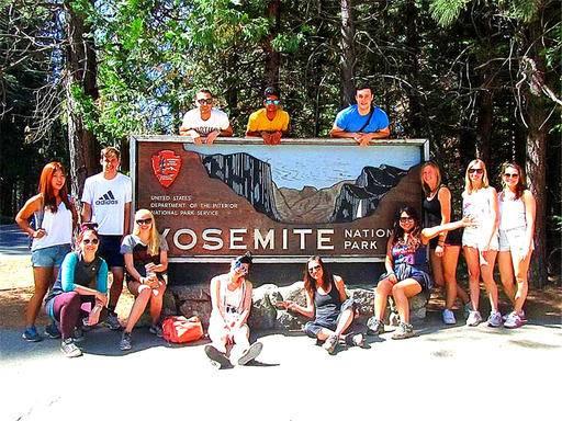 4-Day Bus Tour to Yosemite, Las Vegas, Hoover Dam, Grand Canyon West (Skywalk) from San Francisco