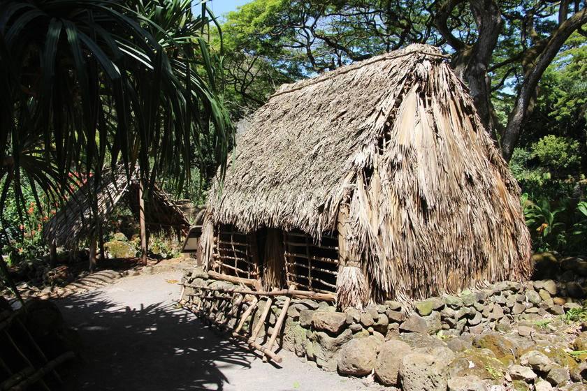 1-Day Tour to Polynesian Cultural Center for Ambassador VIP Prime Rib/Seafood
