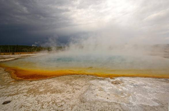 12 Days Yellowstone, West Grand Canyon(Skywalk), San Francisco, Yosemite, Theme parks Tour with LAX Airport Transfer