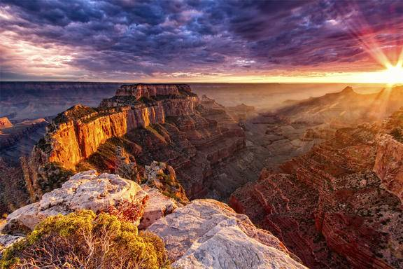 5-Day Grand Canyon & Los Angeles Bus Tour: Las Vegas, Hoover Dam/Antelope Canyon and 1 Choice of 8 Options