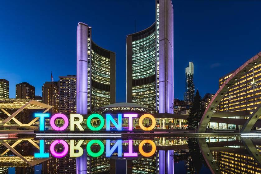 6-Day Canada Tour From Montreal: Montreal, Quebec, Ottawa, Niagara Falls, and Toronto