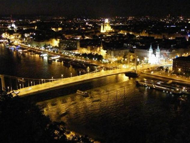 4-Hour Budapest by Night Tour