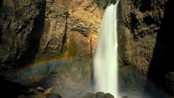 2-Day Bus tour to Yosemite and Hearst Castle