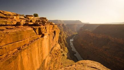10-Day Grand Canyon & San Francisco Bus Tour: Las Vegas, 17 Miles Drive, Hoover Dam and Three Choices of Los Angeles Eight Items