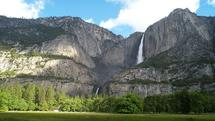 2-Day Bus tour to Yosemite and Hearst Castle**Popular Summer Bus Tour**