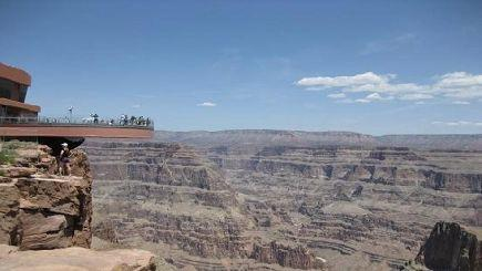 7-Day West Grand Canyon (Skywalk) Tour with 3 Optional Theme Items (With LAX Airport Transfer)