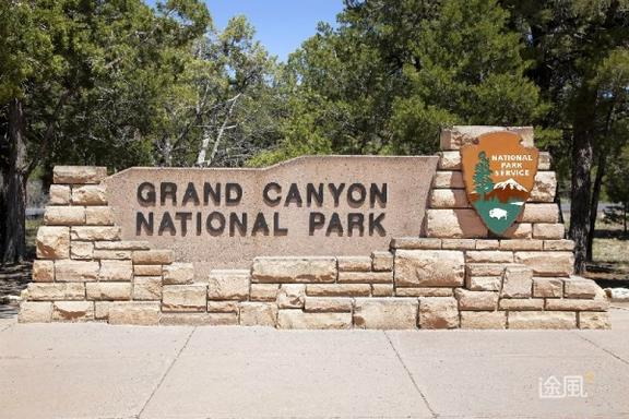 Grand Canyon South Rim Bus Tour with Lunch (Upgrade Options)
