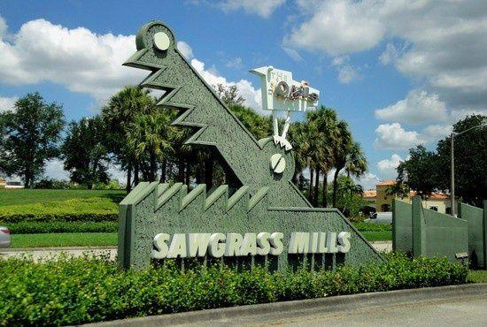 Sawgrass Mills Tour Outlet Shopping Tour from Miami