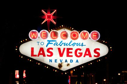 affordable hotels in las vegas strip:Big Bus Las Vegas Night Tour
