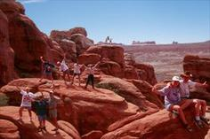 bus tour los angeles to grand canyon:Grand Canyon Day Hiking Adventure from Flagstaff