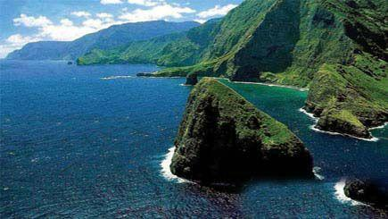 6-Day Romantic Hawaii Tour: Pearl Harbor & Honolulu City, Mini-Circle Island, Polynesian Cultural Center & Island of Maui or The Big Island Tour Package from Honolulu