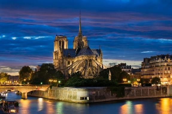 Paris Night Tour w/ Eiffel Tower + Seine River Cruise