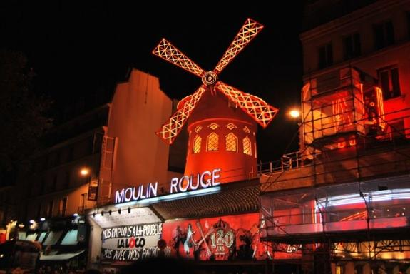 Moulin Rouge Dinner + Show
