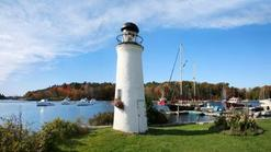 attractions in bar harbor maine:5-Day Maine Experience Tour: Acadia National Park, Portland Headlight, New England Aquarium