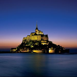 Normandy, Brittany & Chateaux Country