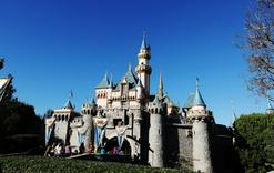 1 day trip boston:Disneyland Tour (All Day and Evening)