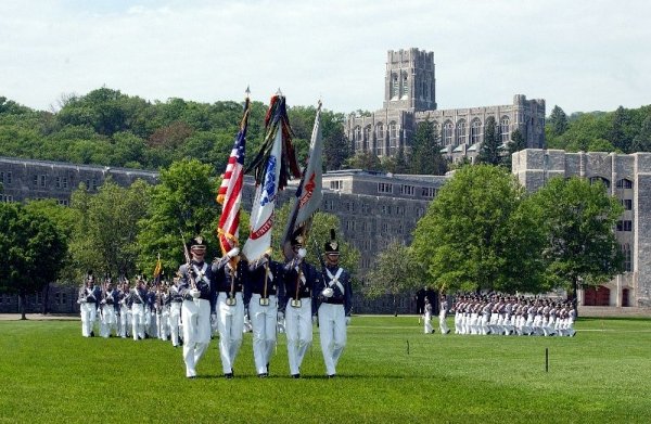 chicago tours from new york:3-Day New York, Boston, New Haven, Woodbury Outlets, West Point Tour