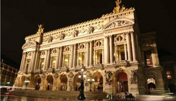 Paris Night Tour: Champs Elysees - Saint-Germain-des-Pres - Trocadero