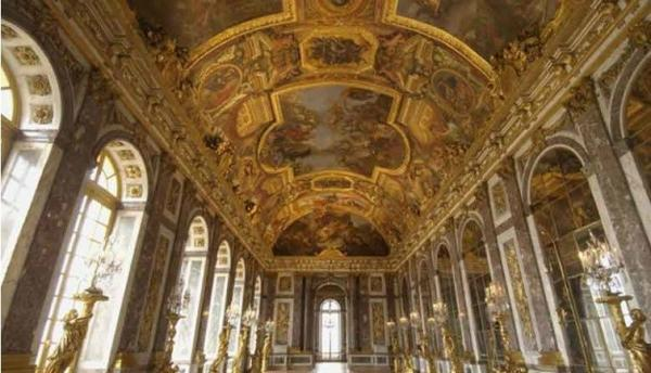 Versailles Small Group Tour w/ Skip the Line Access: PM Departure