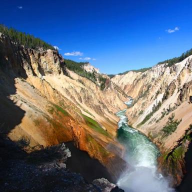 5-Day Yellowstone, Antelope Canyon,Bryce Canyon, Lake Powell Tour (Starts in LA/LV/Ends in SLC)