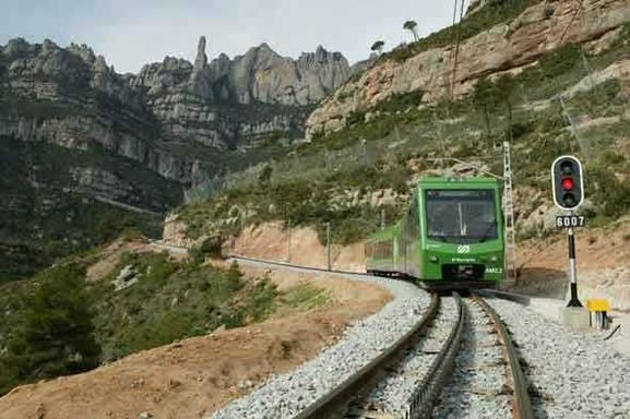 Montserrat Half-Day Tour: Afternoon Departure w/ Cogwheel Train