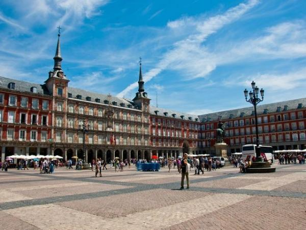 Madrid Sightseeing Tour + Royal Palace Skip the Line