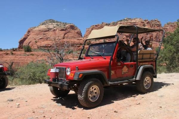 Old Bear Wallow Jeep Tour from Sedona