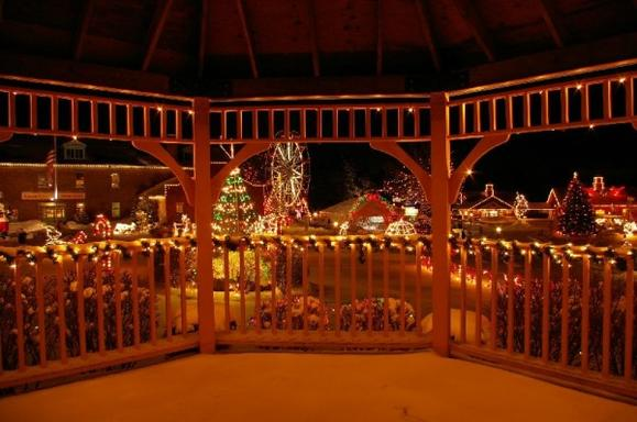 1-Day Santa's Village, Christmas Festival of Lights Tour