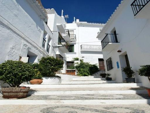 Day Trip to Frigiliana and Nerja