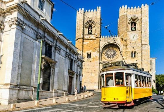5-Day Lisbon Holiday Package from Madrid