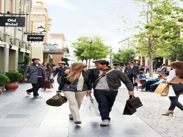 Las Rozas Village Shopping Express