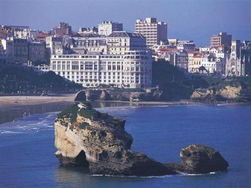 San Sebastian and Biarritz Day Trip from Bilbao