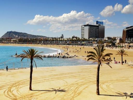 Barcelona Scooter City Tour - Beach & Fun