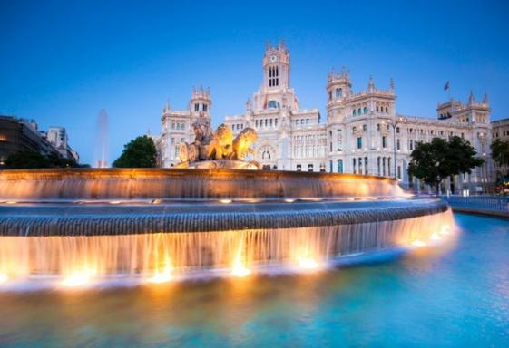 8-Day Spain and Portugal Tour w/ Private Airport Transfers